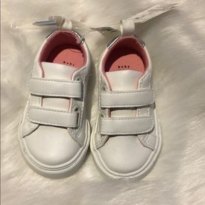 Baby gap white baby girl sneakers size 5
